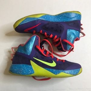 Nike men athletics sneakers hyperfuse size 10